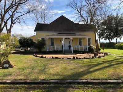 Wharton County Farm & Ranch For Sale: 223 E Elm Street