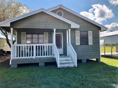 Palacios Single Family Home For Sale: 37 Mollnar Drive