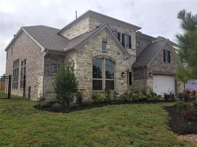 Magnolia Single Family Home For Sale: 27120 Madeline Lake Circle