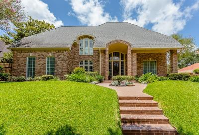 Sugar Land Single Family Home For Sale: 82 Heathrow Lane