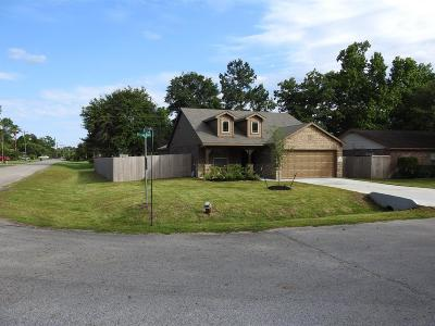 Willis Single Family Home For Sale: 14196 Running Bear Drive