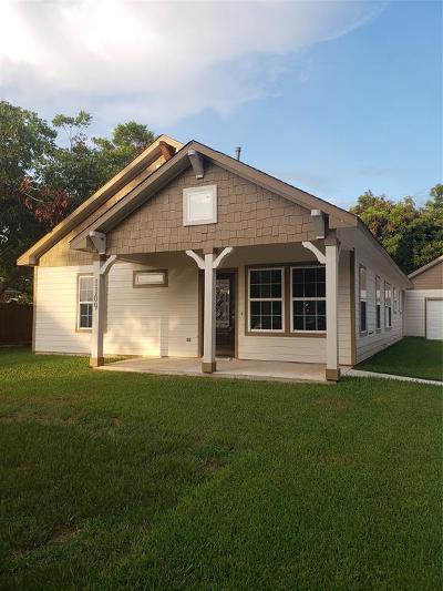 Rosenberg Single Family Home For Sale: 1109 Macarthur Street