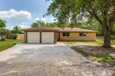 Alvin Single Family Home For Sale: 3111 County Road 890