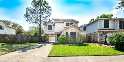 Friendswood Single Family Home For Sale: 15710 Contender Lane