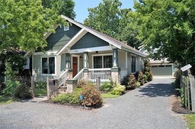 Single Family Home For Sale: 702 Walton Street