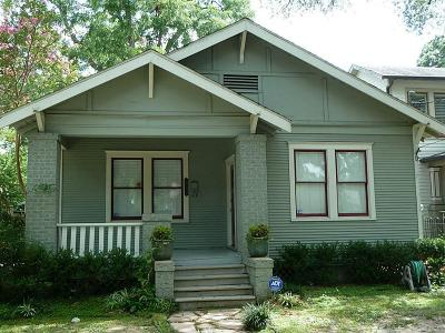 Single Family Home For Sale: 810 Bayland Avenue
