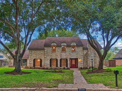 Katy Single Family Home For Sale: 20106 Dering Court