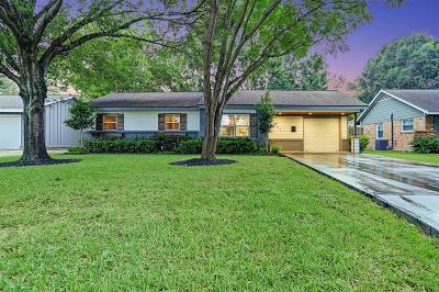 Galveston County, Harris County Single Family Home For Sale: 4503 Marlborough Drive