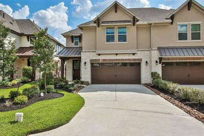 The Woodlands Condo/Townhouse For Sale: 37 Centennial Ridge Place
