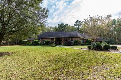 Huffman Single Family Home For Sale: 910 Commons Way Court