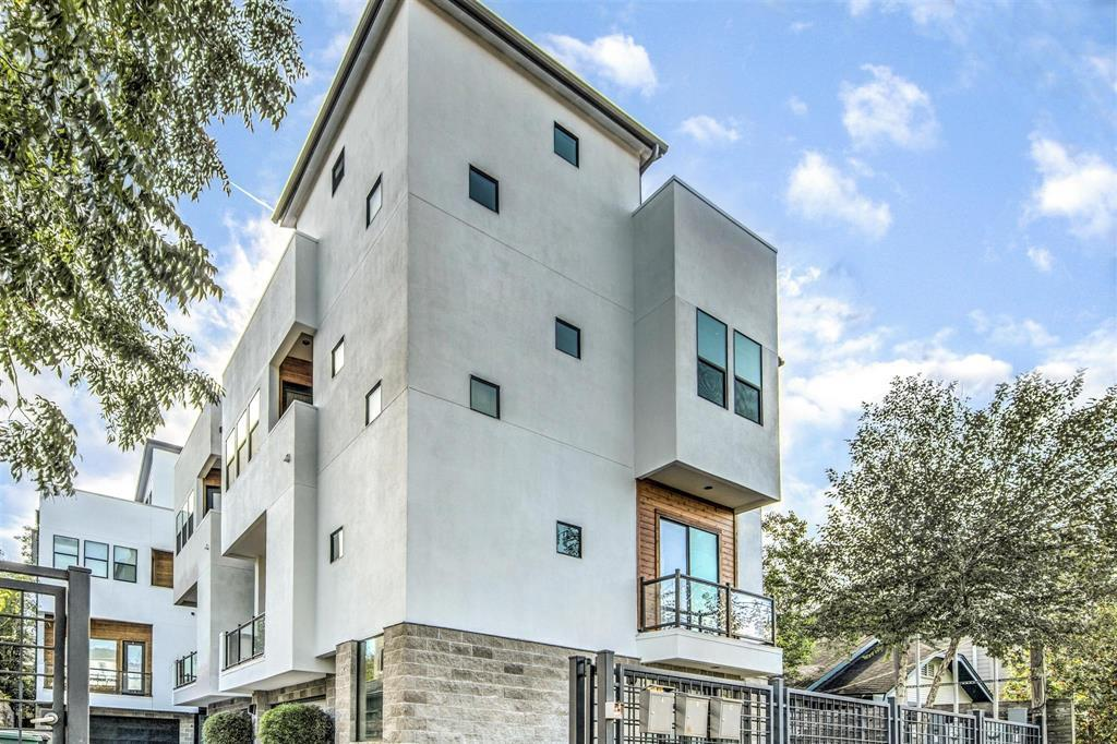 Incredible 3 Bed 4 Bath Rental In Houston For 3 100 Download Free Architecture Designs Remcamadebymaigaardcom