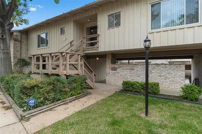 Houston Condo/Townhouse For Sale: 1905 Stoney Brook Drive #1905