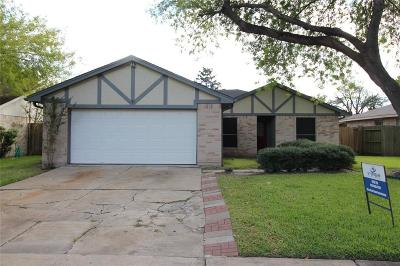 Sugar Land Single Family Home For Sale: 10323 Long River Drive