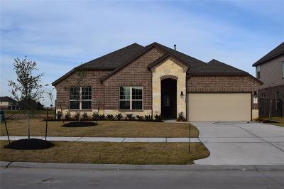 Texas City Single Family Home For Sale: 2706 Topsail Drive