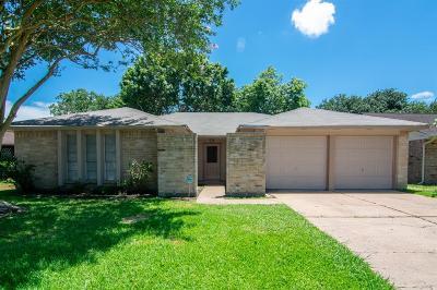 Houston Single Family Home For Sale: 16215 Summer Dew Lane