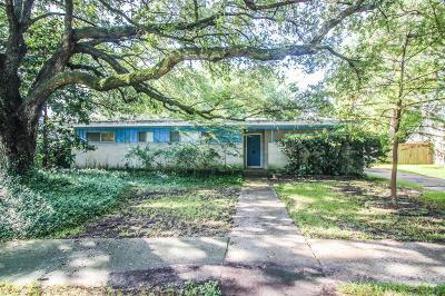 La Porte Single Family Home For Sale: 10314 Antrim Lane