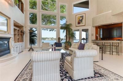 Single Family Home For Sale: 73 Sarasota Circle N