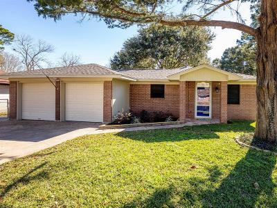 League City Single Family Home For Sale: 1903 Trinity Street