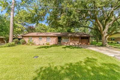 Pearland Single Family Home For Sale: 2016 N Galveston Avenue