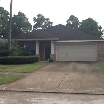 Cypress TX Single Family Home For Sale: $207,500