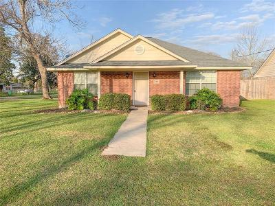 Brazoria Single Family Home For Sale: 310 W Marion Street
