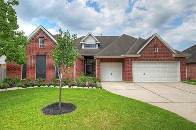 Spring Single Family Home For Sale: 19806 Cypresswood Lake