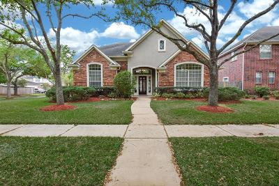 Sugar Land Single Family Home For Sale: 1826 Rosewood Lane