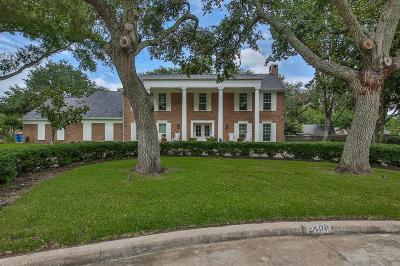Rosenberg Single Family Home For Sale: 2400 Pecan Court