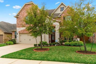 Spring Single Family Home For Sale: 23915 Augusta Falls Lane