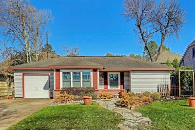 Bellaire Single Family Home For Sale: 4616 Mimosa Drive
