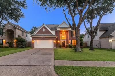 League City Single Family Home For Sale: 2114 Teal Bay Bend Lane