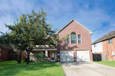 Spring Single Family Home For Sale: 26014 Oakridge Forest Lane