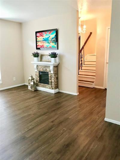 Houston Condo/Townhouse For Sale: 6200 W Tidwell Road #1205