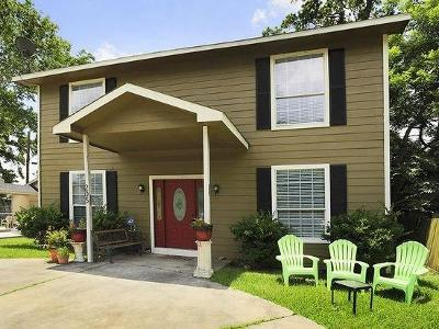 Houston Single Family Home For Sale: 205 Cottage Street