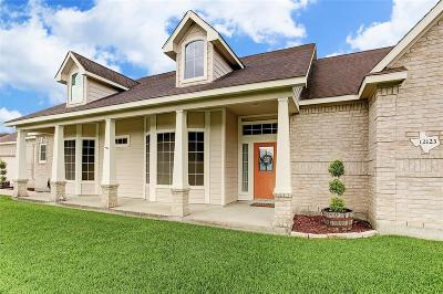 Baytown Single Family Home For Sale: 12123 Fisher Drive