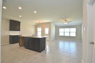 Fresno Single Family Home For Sale: 3510 Cambridge Falls Drive