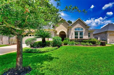 Kingwood Single Family Home Pending Continue to Show: 5506 Regal Landing Drive