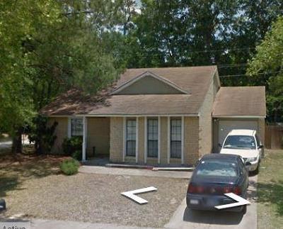 Spring Single Family Home Pending: 22826 Melham Lane