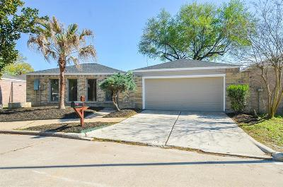Houston Single Family Home For Sale: 14303 Windy Trail Drive