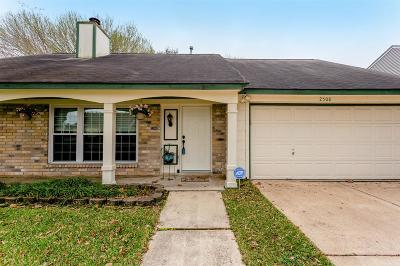 Pearland Single Family Home For Sale: 2508 Shadybend Drive