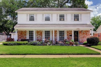 Single Family Home For Sale: 15507 Saint Cloud Drive