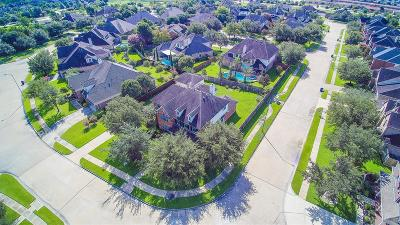 Fort Bend County Single Family Home For Sale: 26511 Cresent Cove Lane