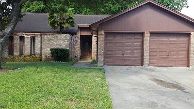 Missouri City Single Family Home For Sale: 3906 Glen Cove Circle
