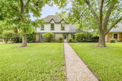 Single Family Home For Sale: 8938 Pine Shores Drive