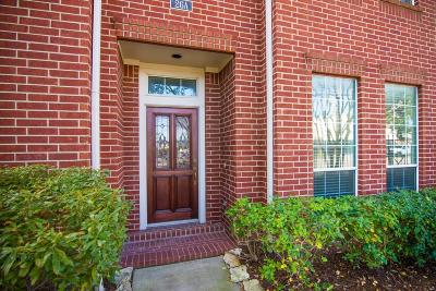 Houston Condo/Townhouse For Sale: 26 Waugh Drive #A