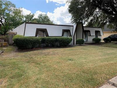 Missouri City Single Family Home For Sale: 7711 Chasewind Drive