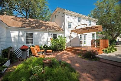 Kemah Single Family Home For Sale: 2730 Oak Road