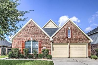Pearland Single Family Home For Sale: 2414 Avalon Trace Lane