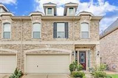 Houston Condo/Townhouse For Sale: 3214 Holly Meadow Drive