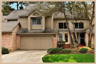 The Woodlands Condo/Townhouse For Sale: 43 N Lakeridge Circle